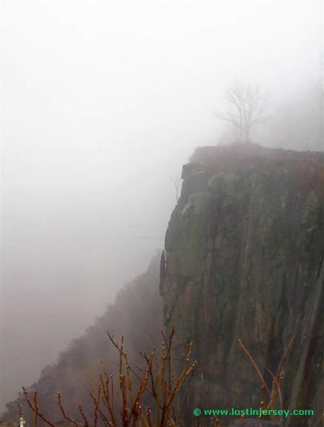 foggycliffedge