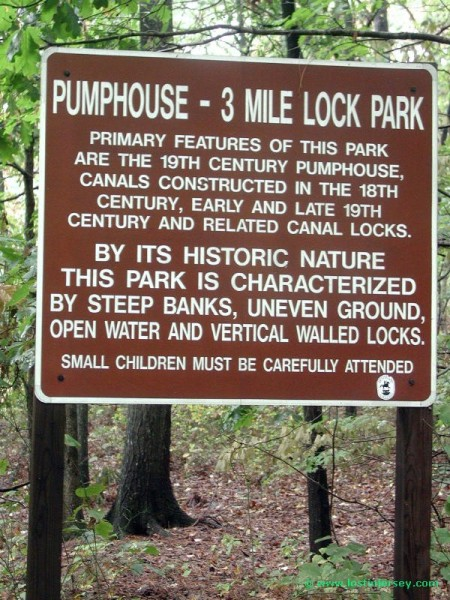 pumphousesign