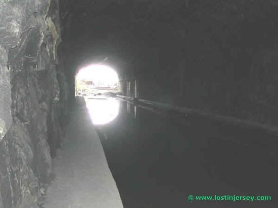tunnelend
